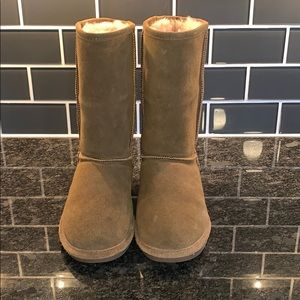 BearPaw Shoes - Bear Paw Boots in EXCELLENT condition!!